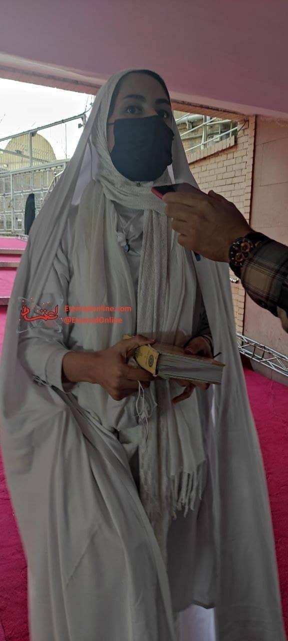 دختری که همراه احمدی نژاد بود.