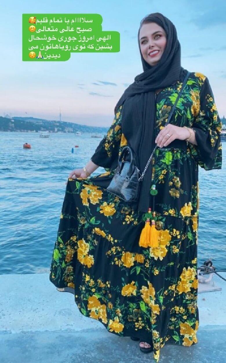 sabarad1 vaghtesobh - عکس/ لباس گل منگلی مجری صدا و سیما کنار دریا