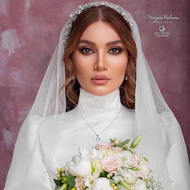 متین ستوده در لباس عروسی درخشید.