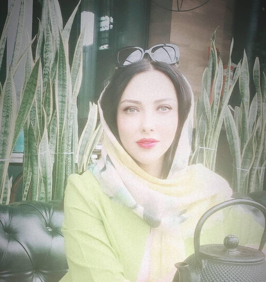 لیلا اوتادی و نسخههای آموزنده