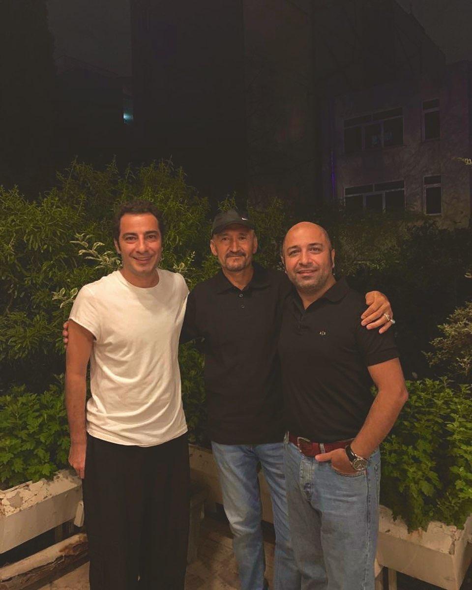 عکس نوید محمدزاده به همراه پدرزنش