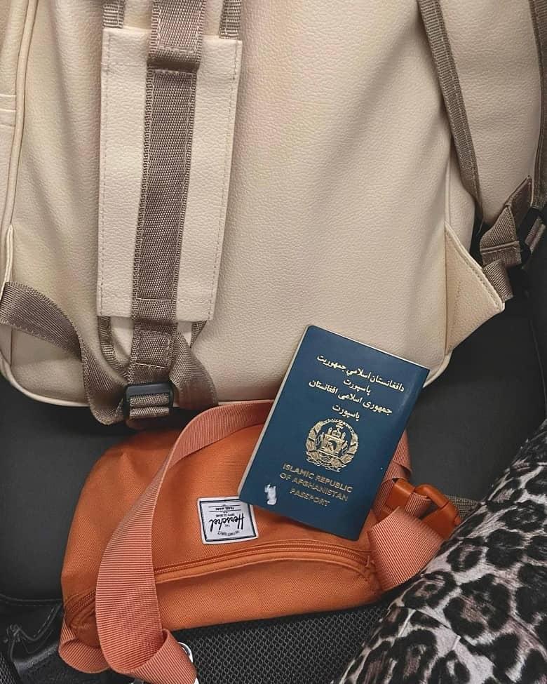 فرشته حسینی به افغانستان رفته است.