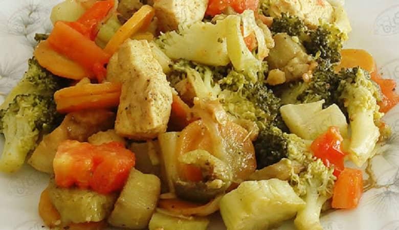 """خوراک قارچ و هویج""، وعده گیاهی هیجان انگیز و لذیذ"
