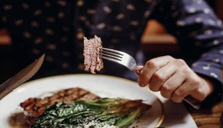 مضرات مصرف گوشت و سیب زمینی باهم